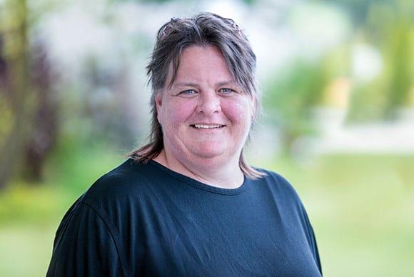 Frau Anja Hans