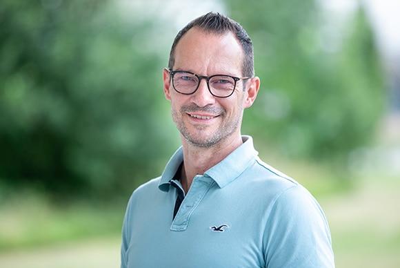 Herr Carsten Feuerstein